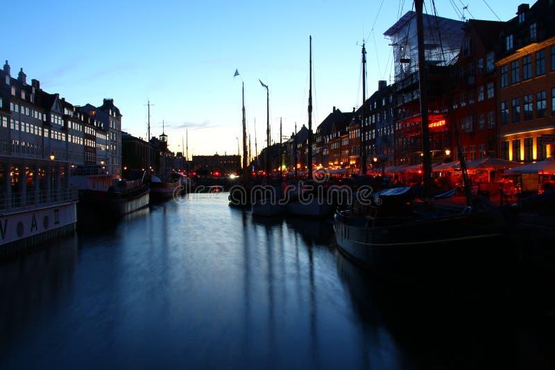 Kopenhagen-Hafen-Sonnenuntergang lizenzfreies stockfoto