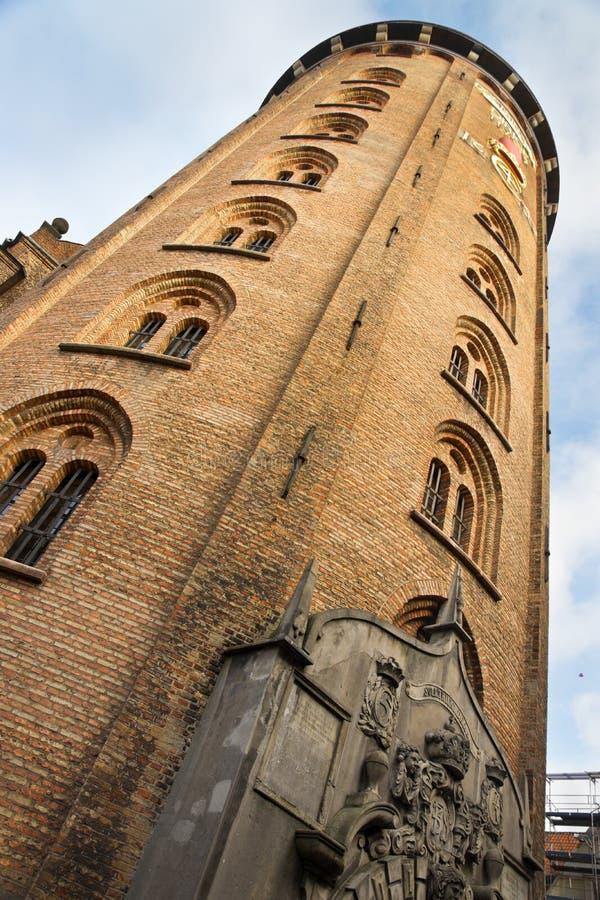 Download Kopenhagen-runder Kontrollturm Stockfoto - Bild von bibliothek, stein: 27732694