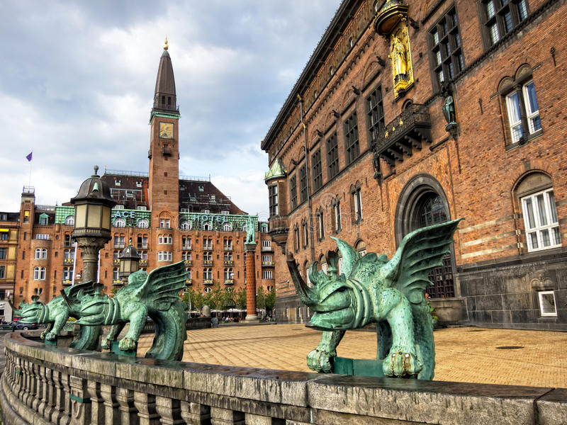 KopenhagenRathaus lizenzfreie stockfotos
