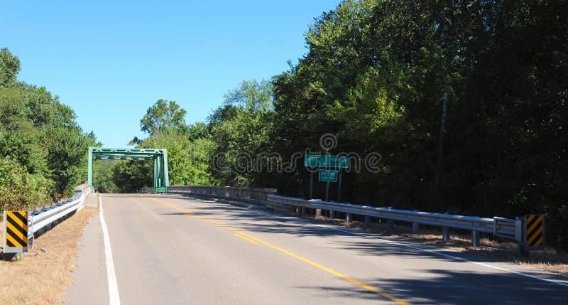 Koperbrug bij Nationaal het Wildtoevluchtsoord van Hatchie, Haywood, Tennessee royalty-vrije stock afbeelding