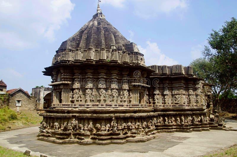 Kopeshwar寺庙, Khidrapur,马哈拉施特拉被雕刻的外视图  免版税库存照片