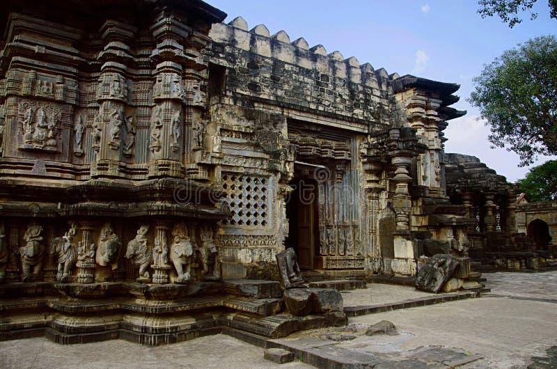 Kopeshwar寺庙, Khidrapur,马哈拉施特拉被雕刻的外视图  免版税库存图片
