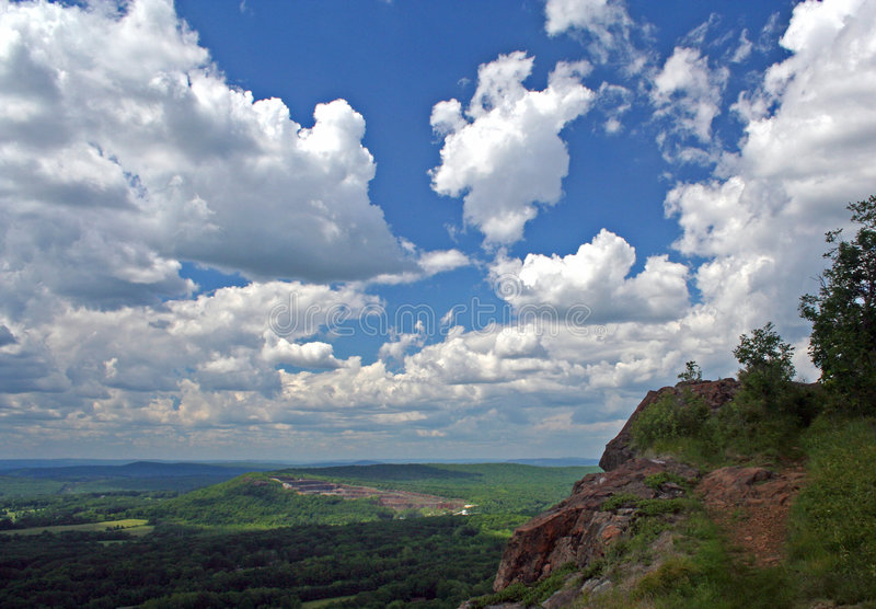 Kopf in den Wolken lizenzfreie stockfotografie