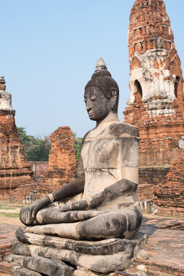 Kopf von Buddha herein bluesly lizenzfreie stockfotografie