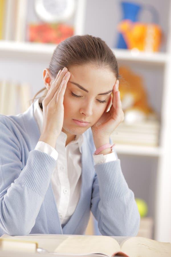 Kopfschmerzen stockbilder