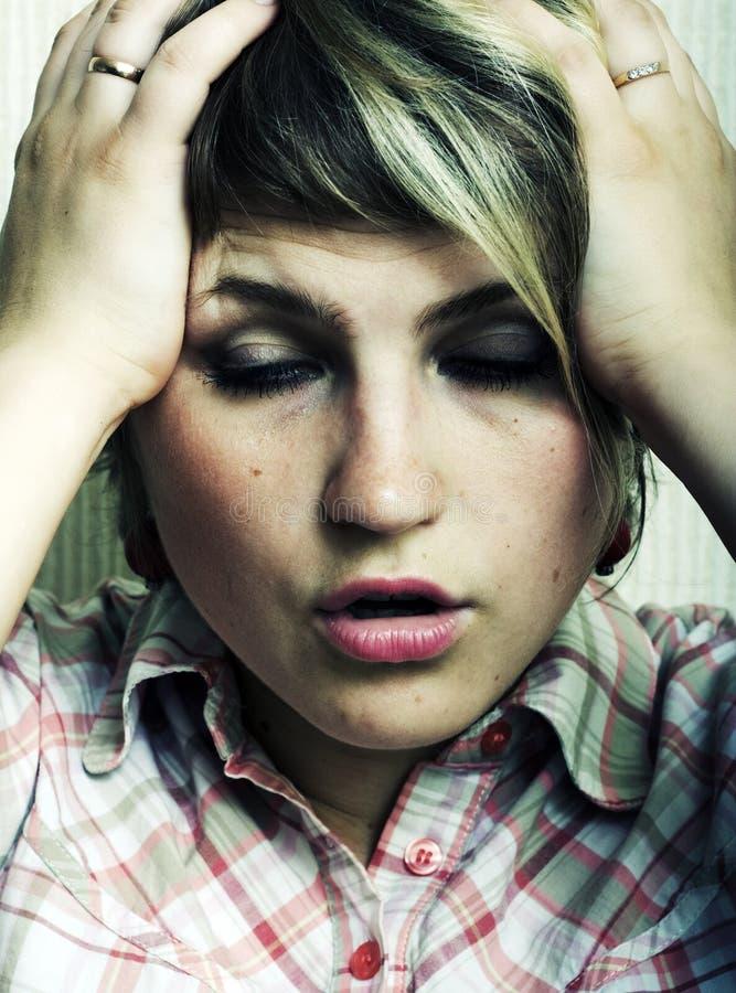 Kopfschmerzen. stockfotografie