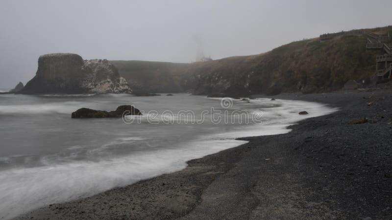 Kopfstein-Strand, hervorragender Hauptbereich Yaquina stockfotografie