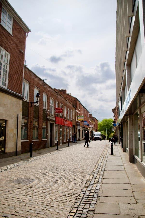Kopfsteinstraße in Preston lizenzfreies stockbild