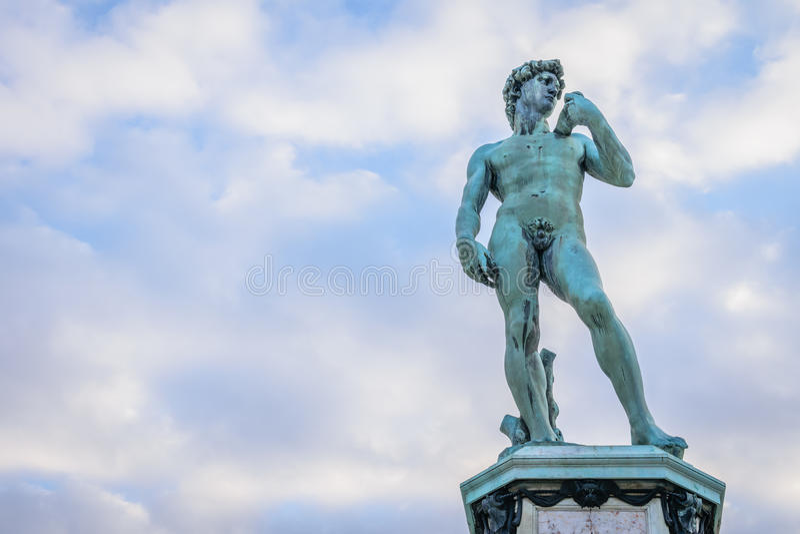 Kopia av den David statyn på Piazzale Michelangelo Square, florence, royaltyfri bild