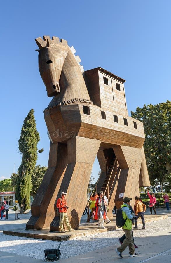 Kopia av träTrojanska hästen i den forntida staden Troy kalkon royaltyfri foto