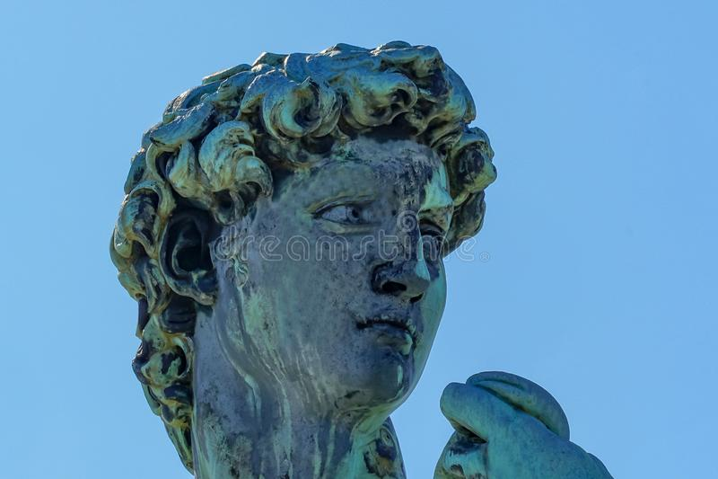 Kopia David Statue Michelangelo Square Overlook Florence Tuscany Italy arkivfoto