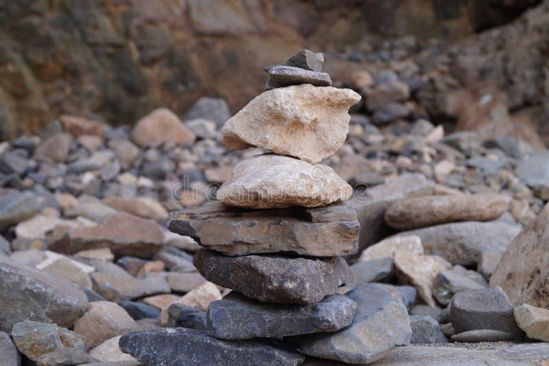 Kopiec - kopiec kamienie zdjęcia stock