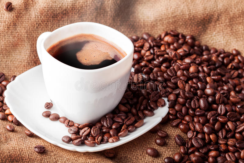 Kopp av varmt kaffe royaltyfri fotografi