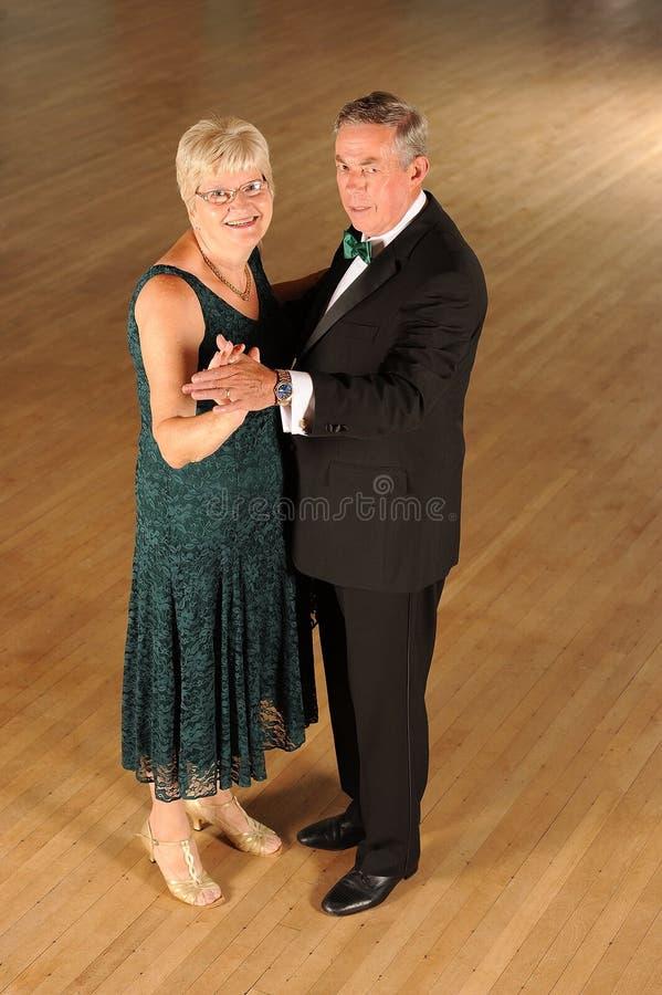 Koppel ballroom dansen royalty-vrije stock foto's