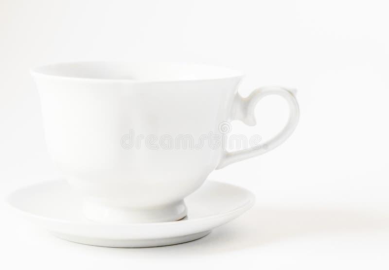Koppen för vitt kaffe med utrymme för logo - innehåller snabba banor royaltyfria bilder