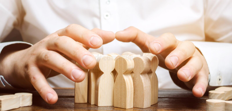 Koppensneller op zoek naar nieuwe werknemers Menselijk middelbeheer Aanwerving Het aantrekken kwalificeerde hoogst hoogste manage royalty-vrije stock afbeelding