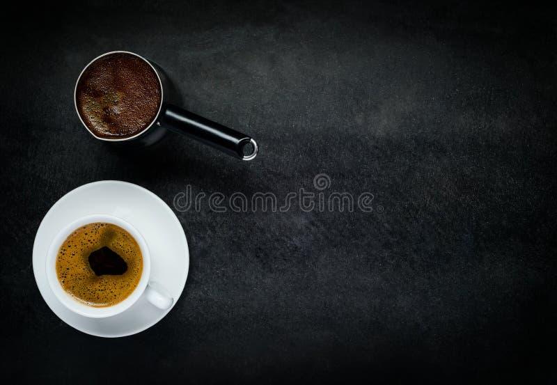 Download Koppkaffe Med Kaffekanna- Och Kopieringsutrymme Arkivfoto - Bild av kruka, kaffe: 78728820
