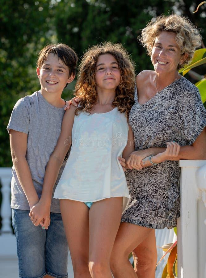 Koppla av och familjferier på Costa del Sol royaltyfri bild