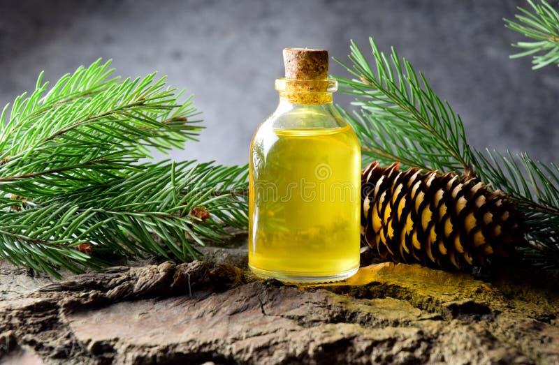 Kopplar av bio organiska för prydlig aromolja massage arkivfoto