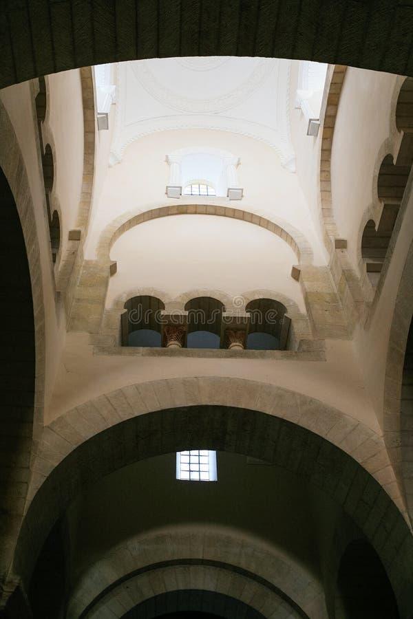 Kopuła antyczny carolingian krasomówstwo kościół zdjęcie stock