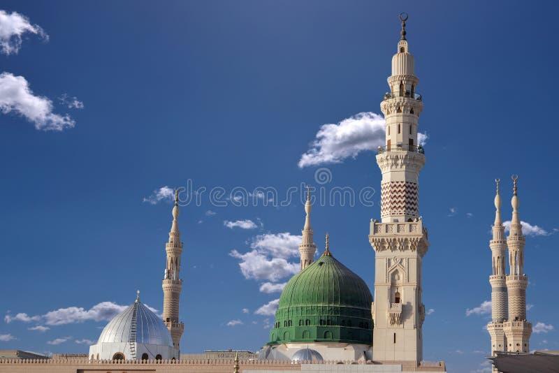 Kopuła i minarety masjid nabavi zdjęcie royalty free