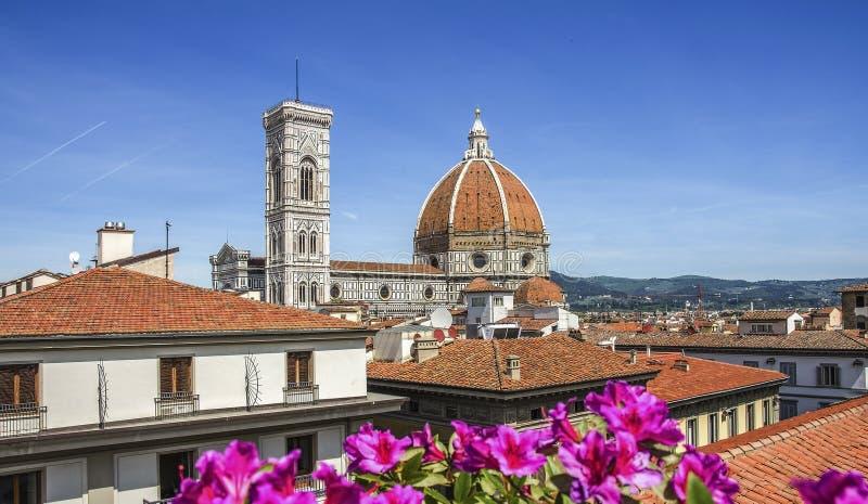 Kopuła katedralny kościelny Santa Maria Del Fiore zakończenie up przy wiosna dniem, Florencja, Włochy, retro stonowany zdjęcie royalty free
