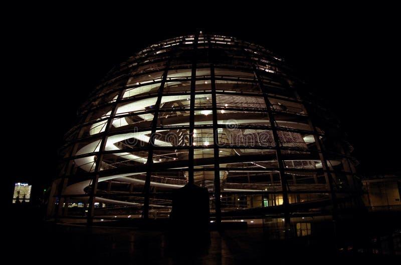 Kopuła na dachu Reichtsag Bundestag budynek w Berlin obrazy royalty free