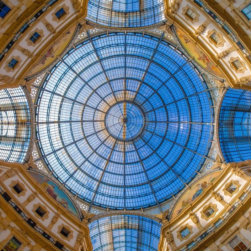 Kopuła w Galleria Vittorio Emanuele, Mediolan, Włochy obraz stock