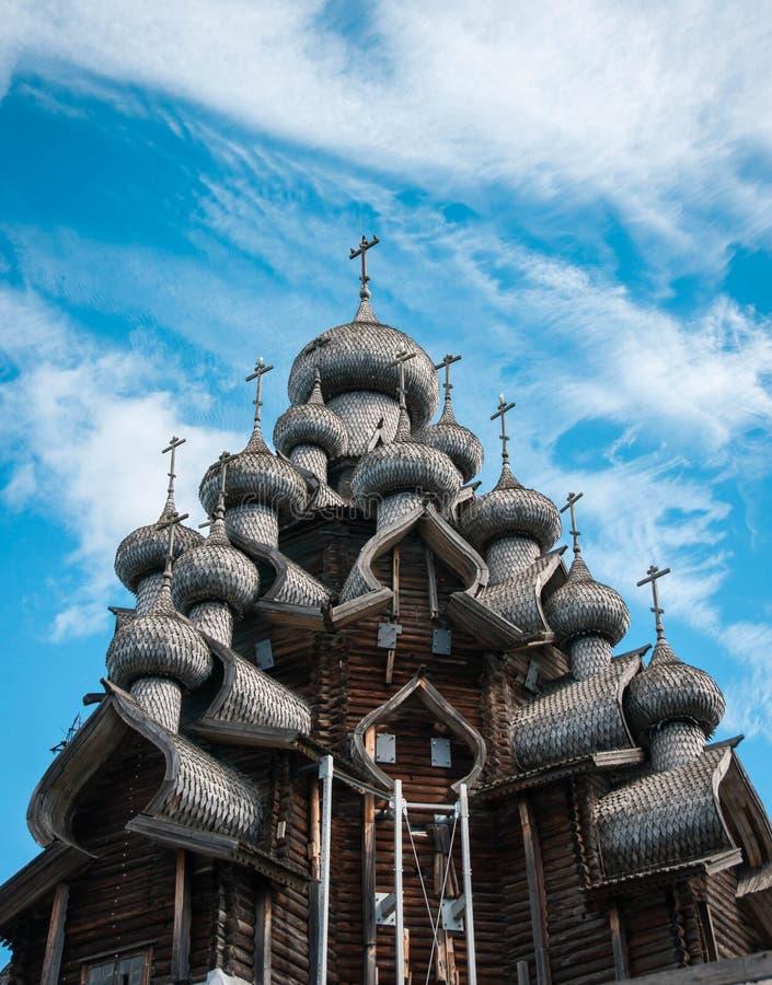 Kopuły drewniany kościół w Kizhi zdjęcia stock