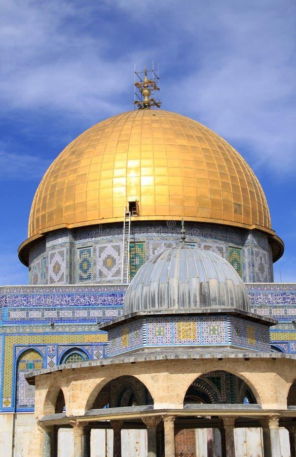 Download Kopuły Jerusalem skała obraz stock. Obraz złożonej z wschodni - 13325323