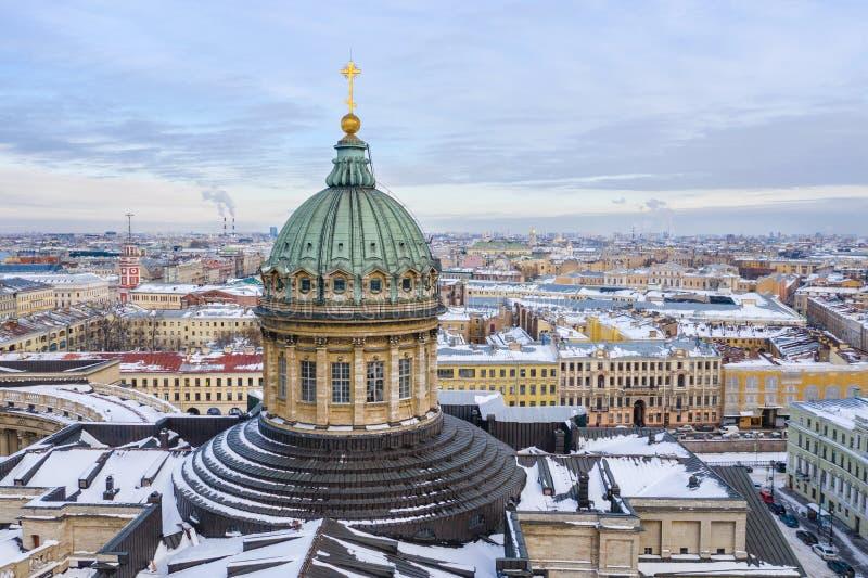 Kopu?a Kazan Katedralny widok z lotu ptaka od trutnia, ?wi?tobliwy Petersburg, Rosja fotografia stock