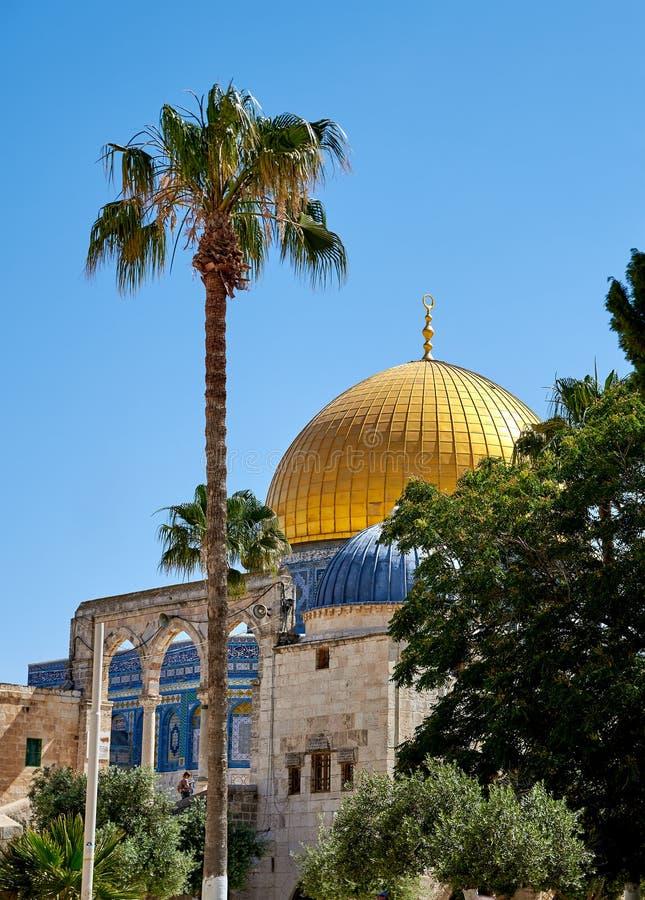 Download Kopuła Rockowy Meczet W Jerozolima Obraz Stock - Obraz złożonej z góra, muslim: 57673243