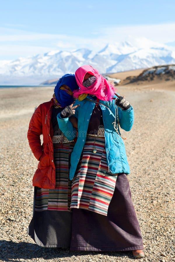 Kora um Manasaroval See, Tibet lizenzfreies stockbild