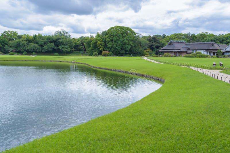 Korakuen, Japanse tuin in Japan stock afbeelding
