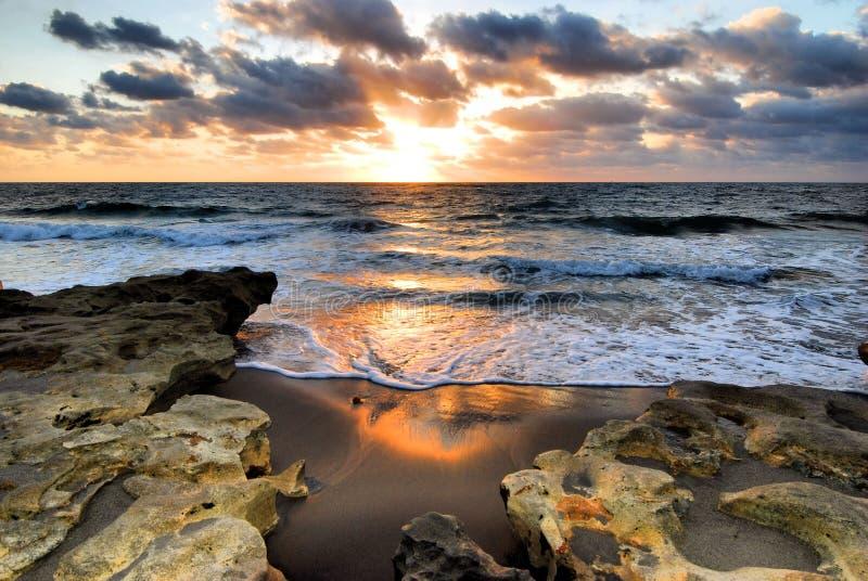Koralowy wschód słońca zdjęcie royalty free