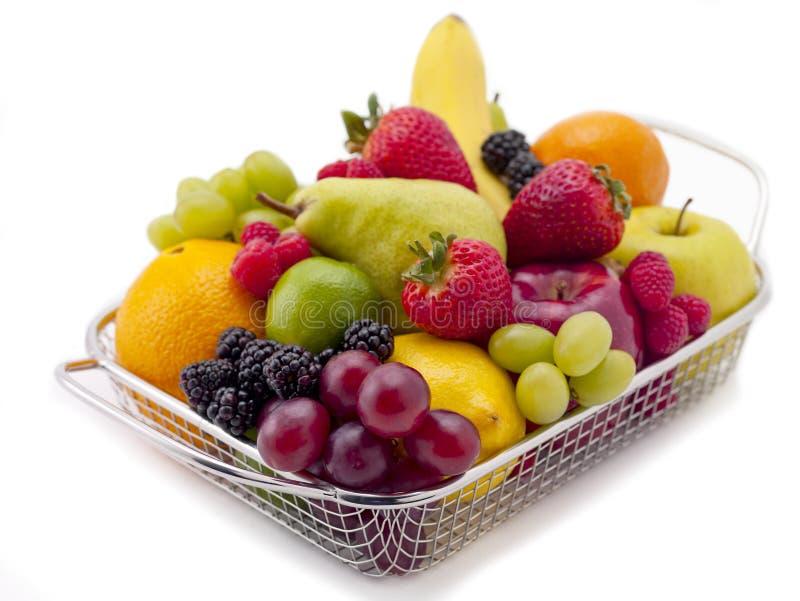 Korb der Frucht lizenzfreies stockbild