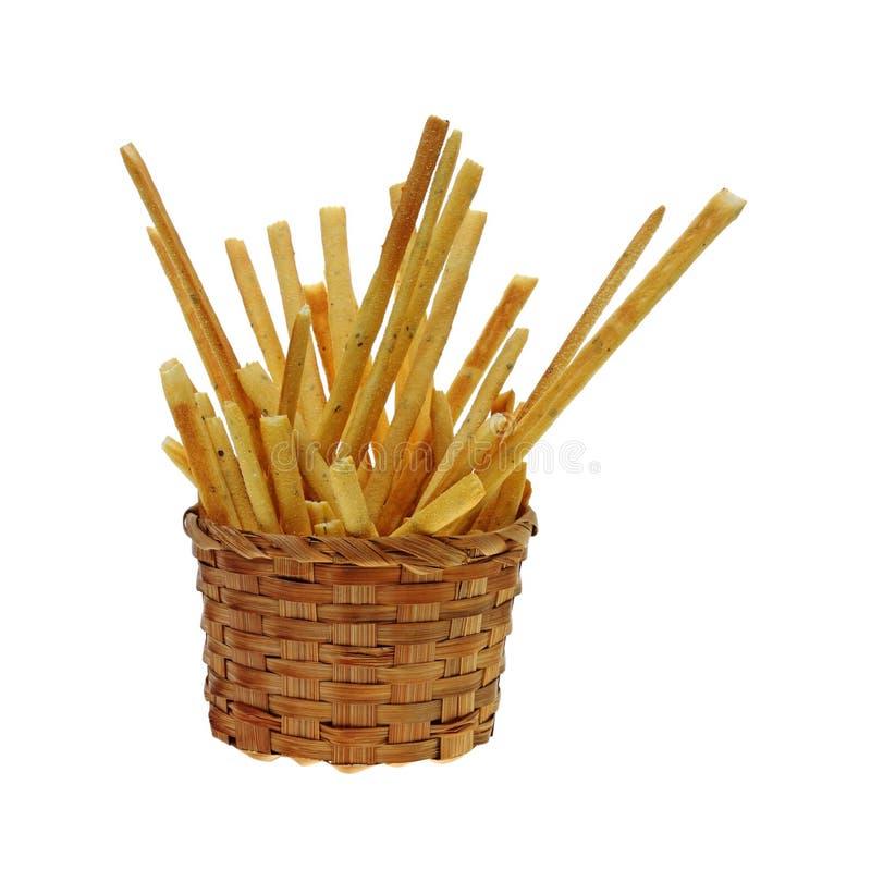 Korbgeschmackvolle Breadsticks stockfotografie