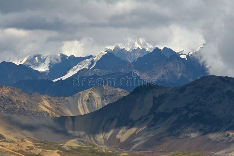 Kordilleren real in bolivianischen Anden stockbild