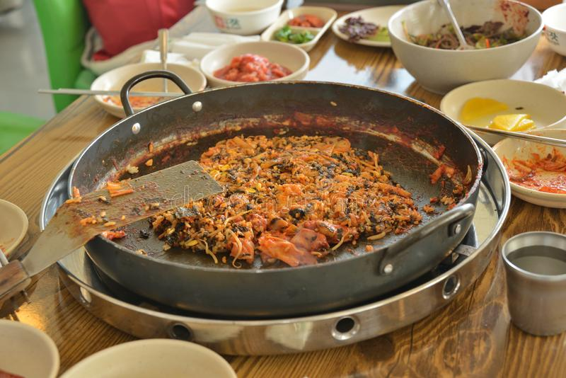 Koreańska niecka smażący ryżowy chłodny garnek obraz royalty free