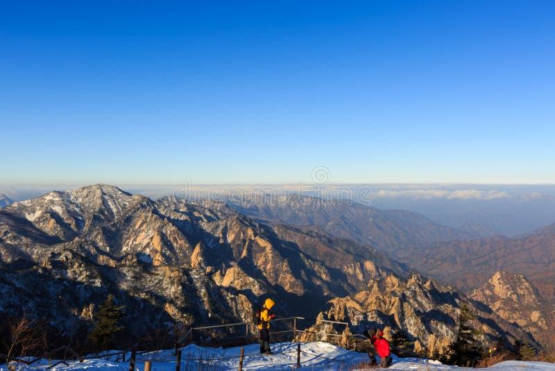 Korea góry krajobrazu sceniczny strzał przy góry Seoraksan parkiem narodowym zdjęcia stock