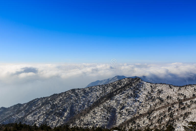 Korea góry krajobrazu sceniczny strzał przy góry Seoraksan parkiem narodowym obrazy stock