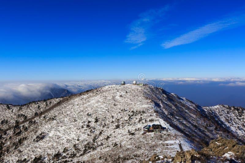 Korea góry krajobrazu sceniczny strzał przy góry Seoraksan parkiem narodowym obrazy royalty free