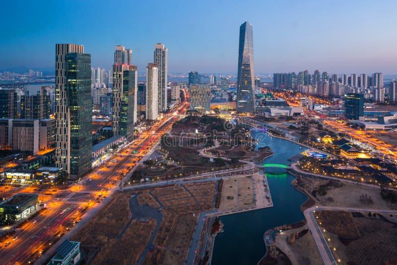 Korea miasto z Pięknym po zmierzchu, centrala park w Songdo d zdjęcie royalty free
