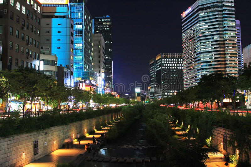 Korea Seoul Cheonggyecheon Stream And City Night Scenes stock images