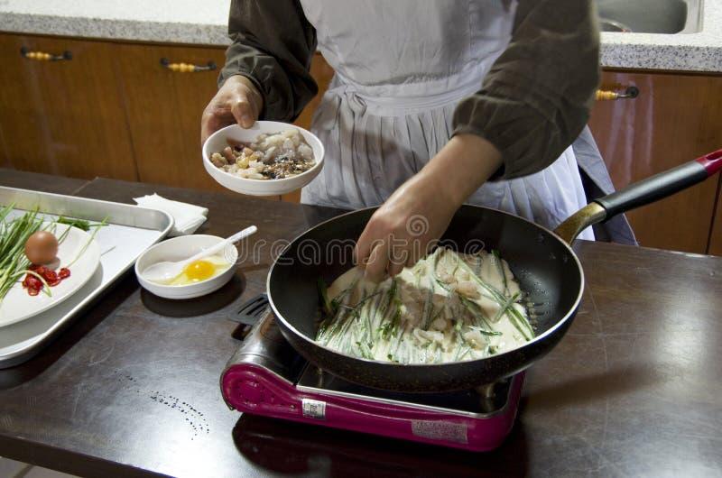 Koreaanse pannekoek die les maken stock foto's