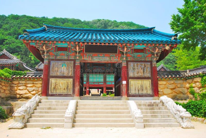 Koreaanse tempelarchitectuur stock foto