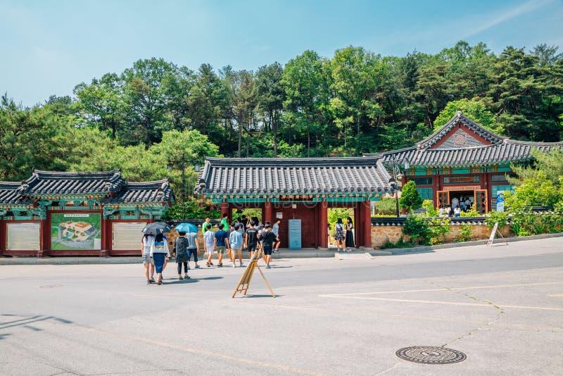 Koreaanse traditionele architectuur bij literair dorp van Kim u jeong stock afbeeldingen