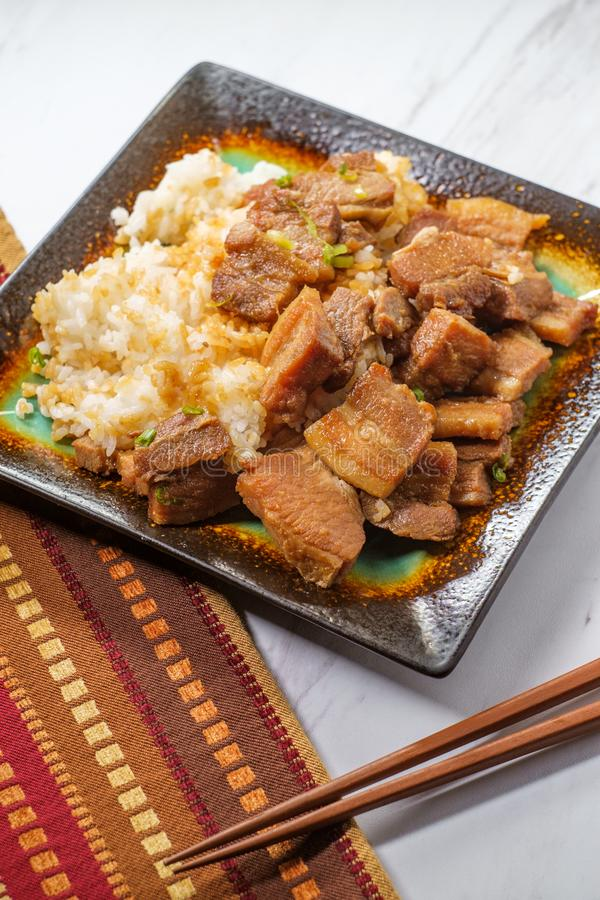 Koreaanse Varkensvleesbuik Bokkeum stock afbeelding