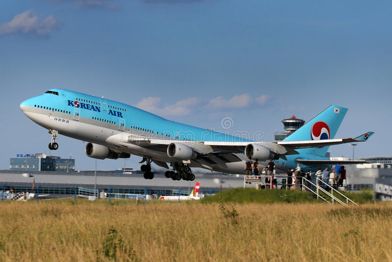 Korean Air Boeing 747-4B5 fotografie stock libere da diritti