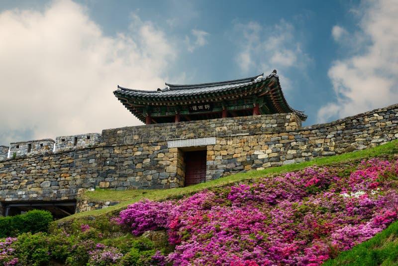 Koreanische Festung lizenzfreie stockfotos